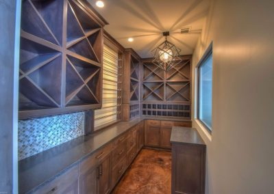 Applehead-Waterfront-Transitional-Wineroom-by-Zb…ome-Builders