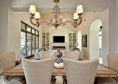 Santa-Barbara-Transitional-Dining-by-Zbranek-and-H…ome-Builders