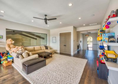 Zbranek-and-Holt-Custom-Homes-Kids-Playroom-Butted-Glass