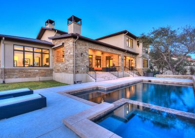 2-Hill-Country-Contemporary-Pool-by-Zbranek-and-Holt-Custom-Homes-Austin-Luxury-Custom-Home-Builders