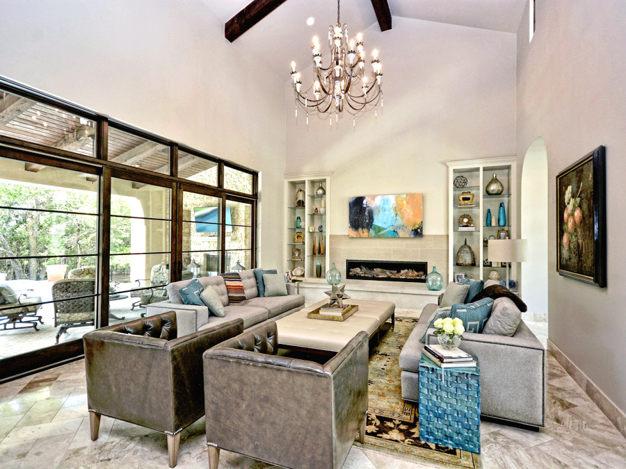 Santa-Barbara-Transitional-Familyroom-by-Zbranek-and-Holt-Custom-Homes-Austin-Luxury-Home-Builders