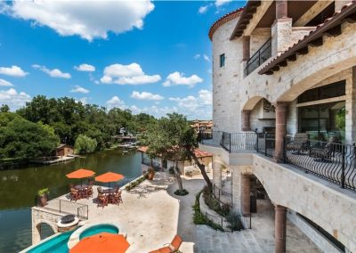casita-view-horseshoe-bay-texas-tuscan-villa-by-zbranek-and-holt-custom-homes-horseshoe-bay-custom-home-builders