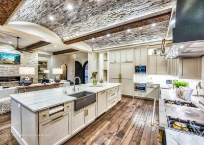 Zbranek-and-Holt-Custom-Homes-European-Lakeside-Kitchen-Island-Front-View